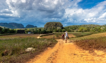Cuba with your family, from Vinales to Trinidad